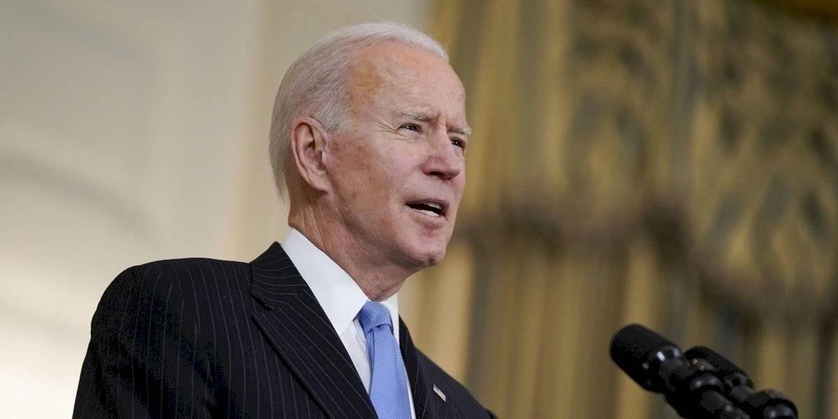 Biden ordena que todos los adultos sean elegibles a vacuna para el 1 de mayo
