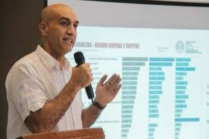 https://www.publimetro.com.mx/mx/noticias/2021/03/04/cvirus-el-senado-paraguayo-aprueba-una-declaracion-que-exige-el-cese-del-ministro-de-salud-por-el-colapso-sanitario.html