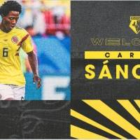 ¡La Roca ha vuelto! Carlos Sánchez fue anunciado oficialmente por club inglés