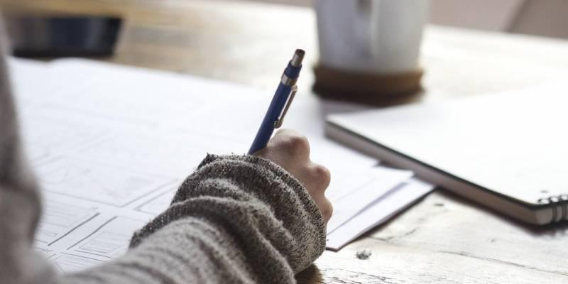 La razón por la cual escribir a mano es necesario para aprender mejor