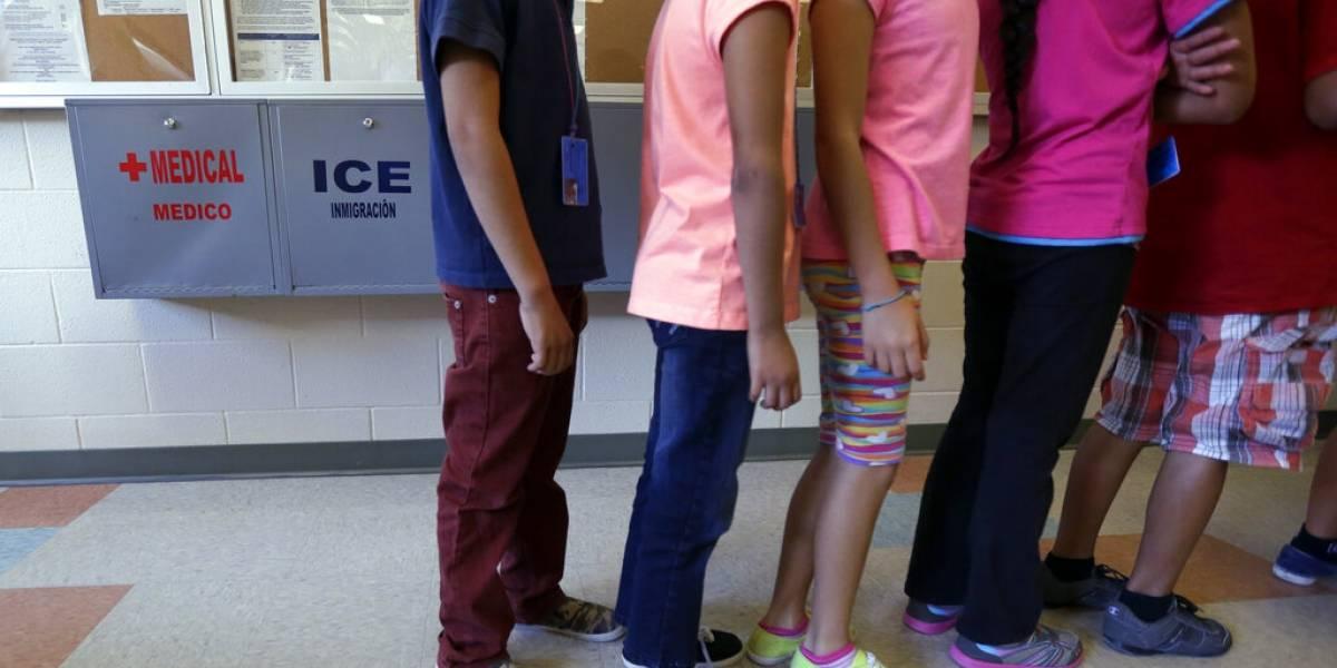 """Gobierno federal dice es """"inaceptable"""" que niños migrantes duerman en buses"""