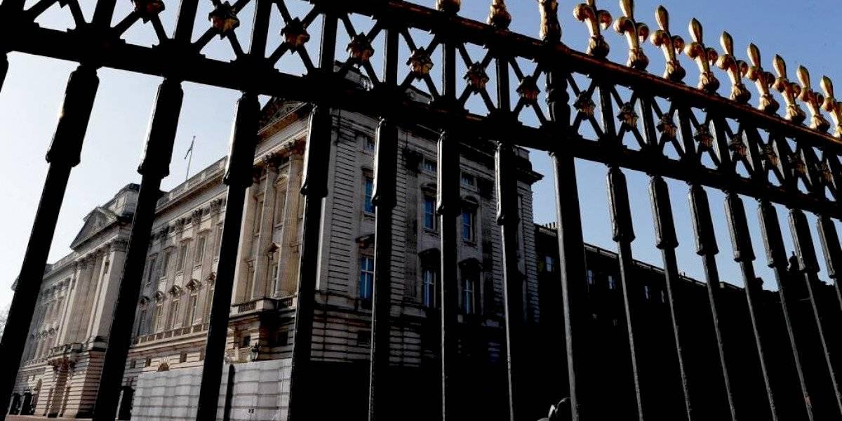 Palacio de Buckingham revela que 8.5% de su personal es de minorías étnicas