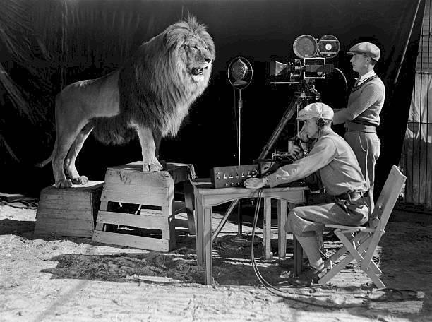 Así se grabó el primer logo de la MGM, de forma natural.