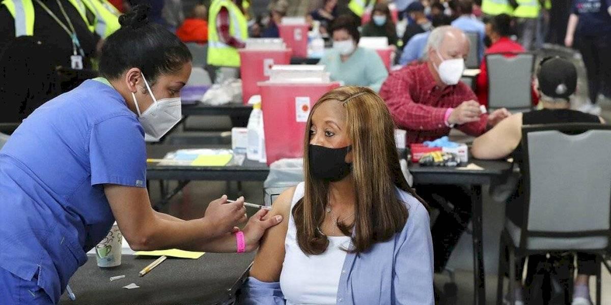 Biden pretende vacunar al 70% de los adultos para el 4 de julio
