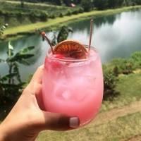 Mixólogo boricua crea cóctel inspirado en la lucha contra el cáncer