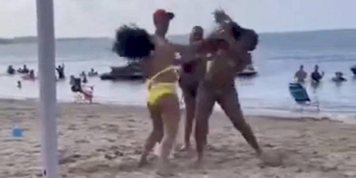 Otra pelea de turistas