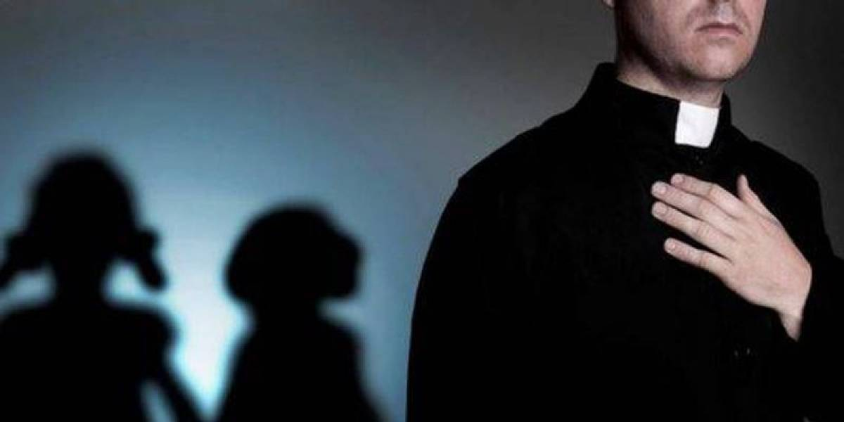 Arzobispo y obispo, sancionados por no informar abusos a menores