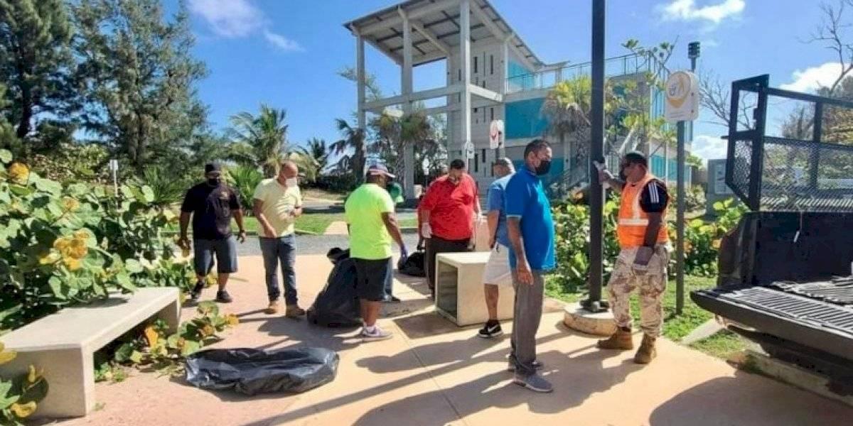 Junte en Isabela registra más de 11 mil libras de basura en la Playa Jobos y zonas aledañas