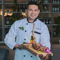 Chef Emanuel Jiménez lidera la gastronomía boricua de lujo en Miami