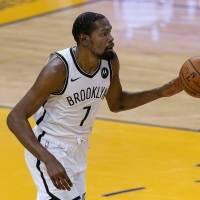 NBA multa a Durant con $50,000 por lenguaje ofensivo