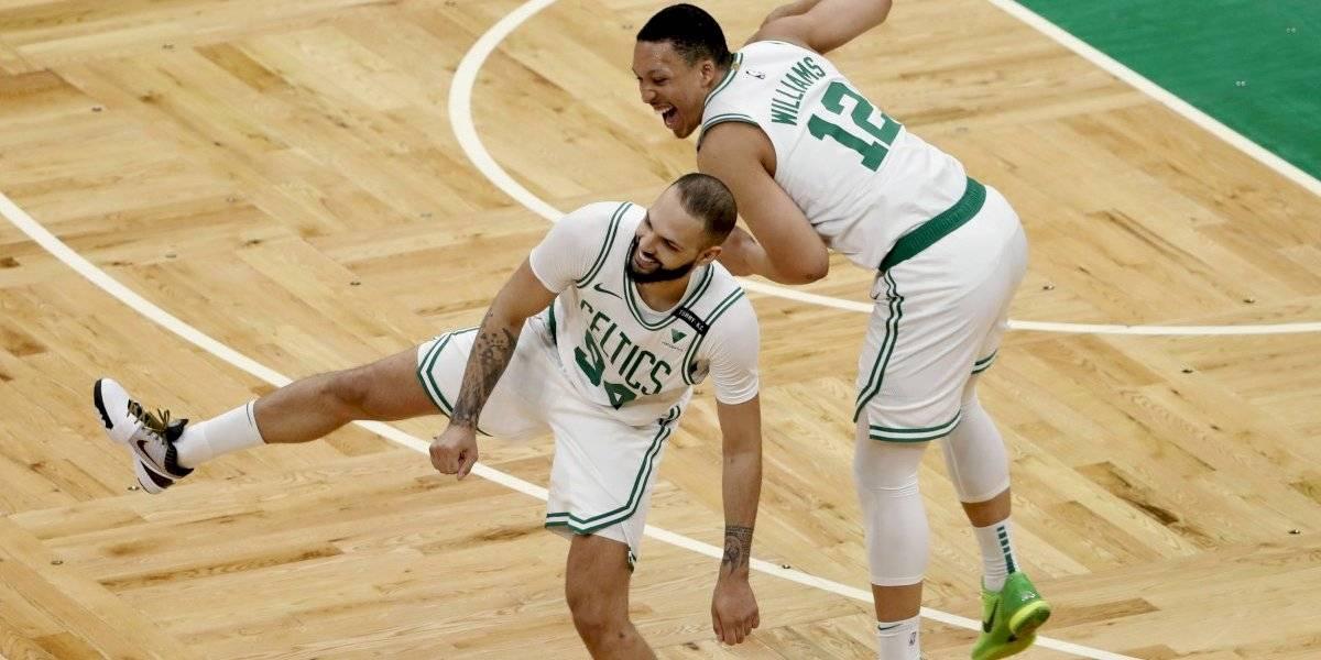 Otra noche perfecta de Williams da victoria a Celtics