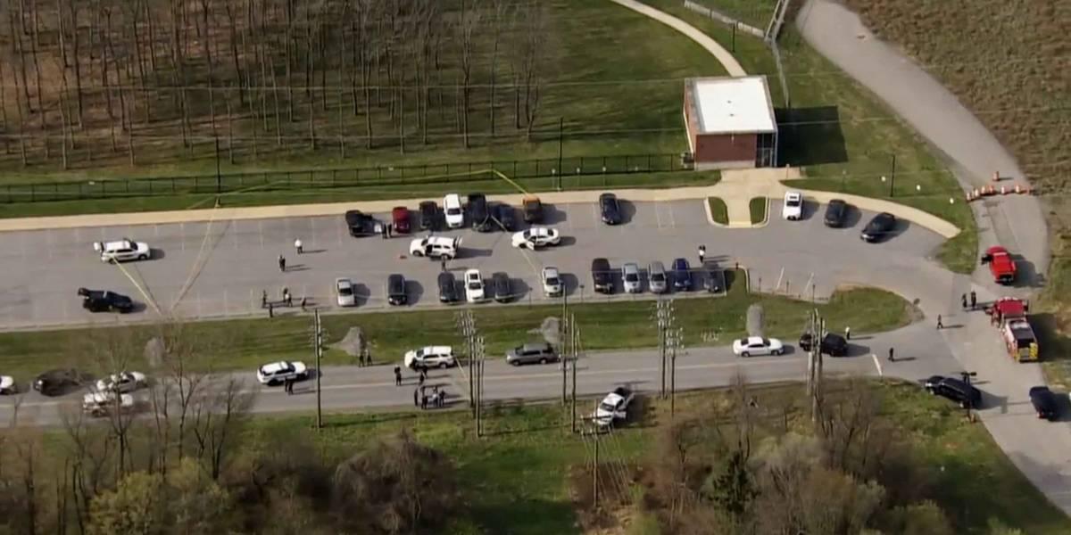 Tiroteo cerca de base militar en Maryland deja un pistolero muerto y dos personas heridas