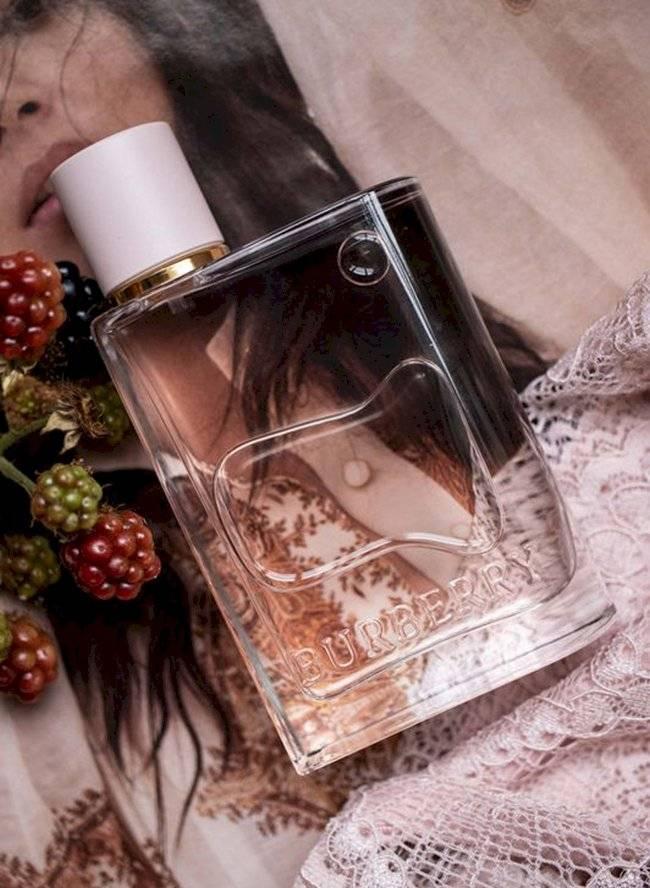 perfume2-ba8ad860a08b6408b9a8ccec1f4757fc.jpg
