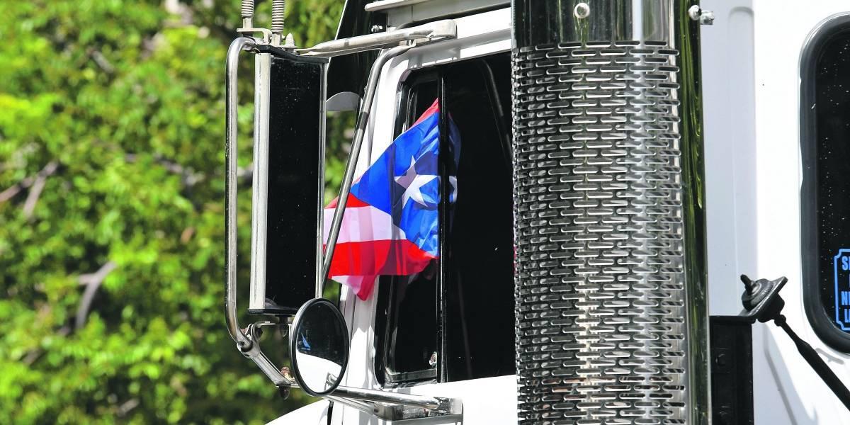 Rompen cristal de un camión en manifestación en Ponce