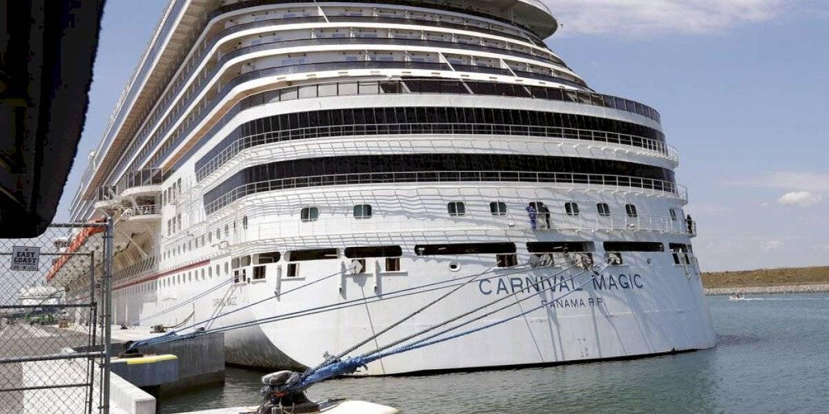 Pasajeros de cruceros sin vacunar no podrán bajarse a Puerto Rico