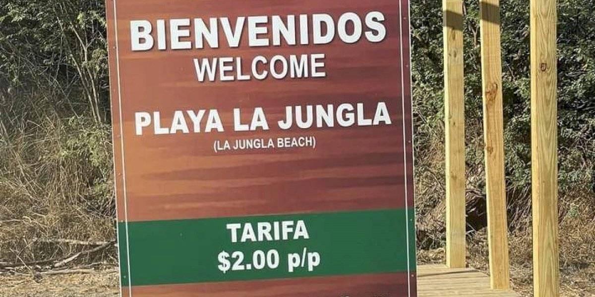 Gobierno cobra por usar playa de Guánica a los no residentes