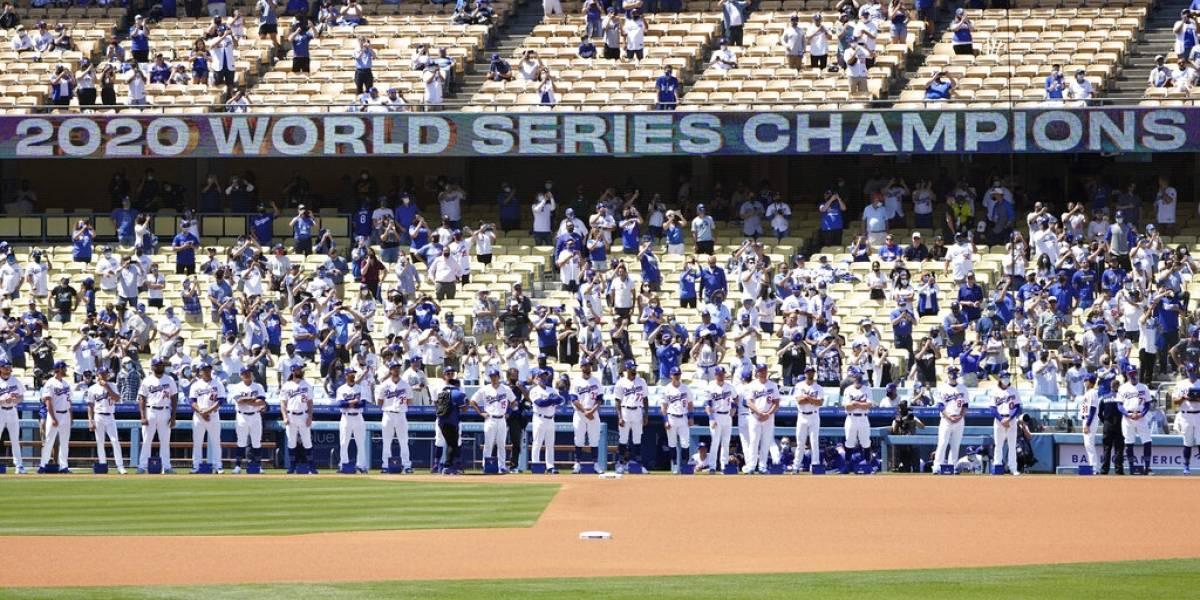 Dodgers reciben anillos y superan a Nacionales