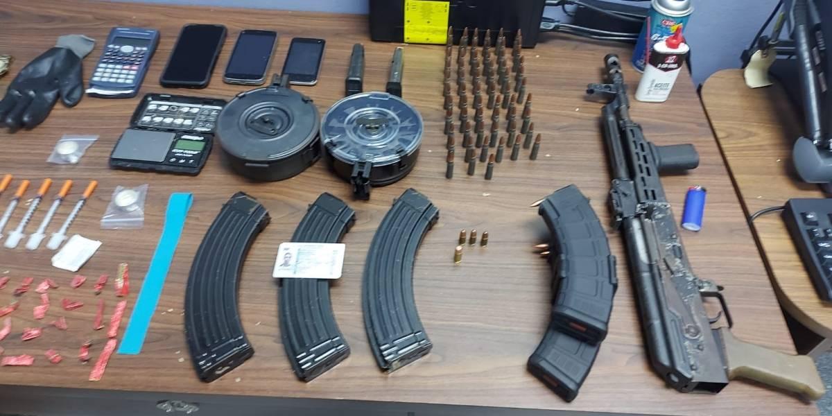 Arrestan a hombre por Ley de Armas y Sustancias Controladas en Humacao