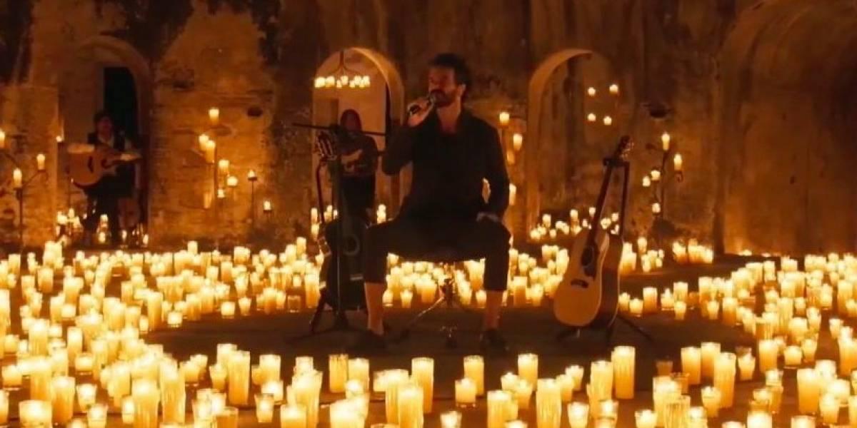 Ricardo Arjona ofrece un gran concierto íntimo desde la Antigua Guatemala