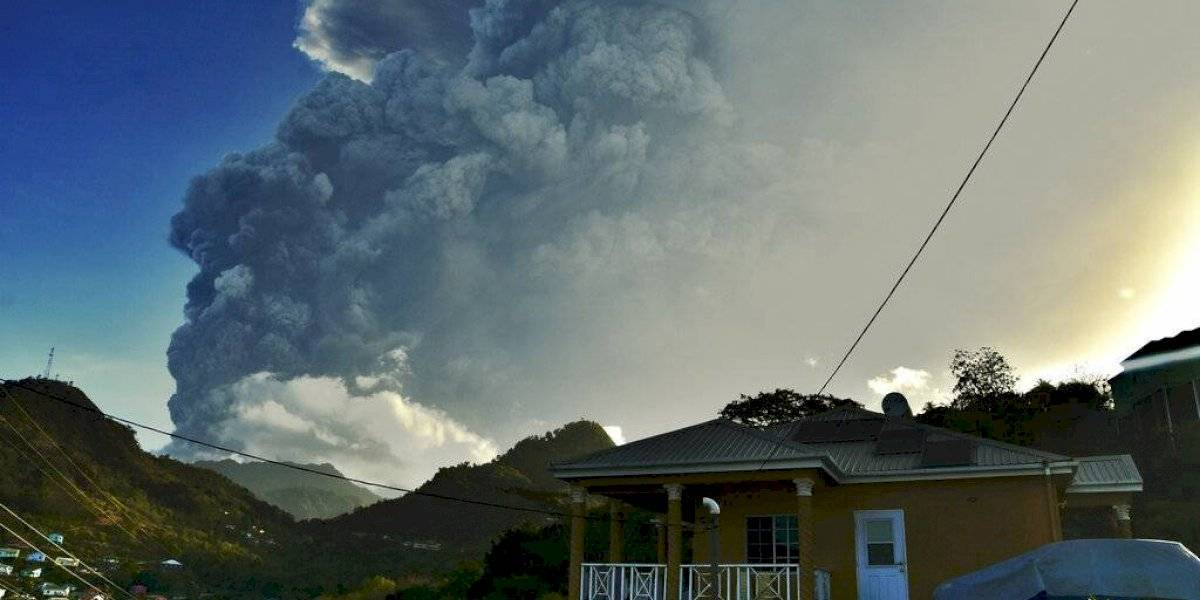 Isla de San Vicente se está quedando sin agua tras erupción de volcán