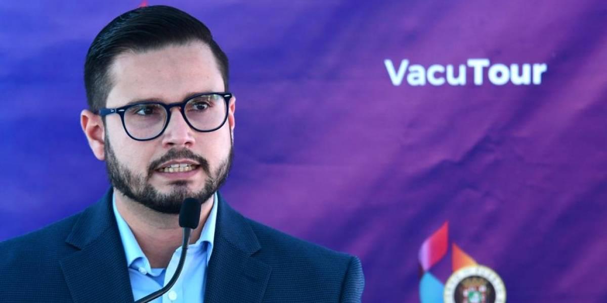 Vivienda Pública entrega sobre 300 vales de Sección 8