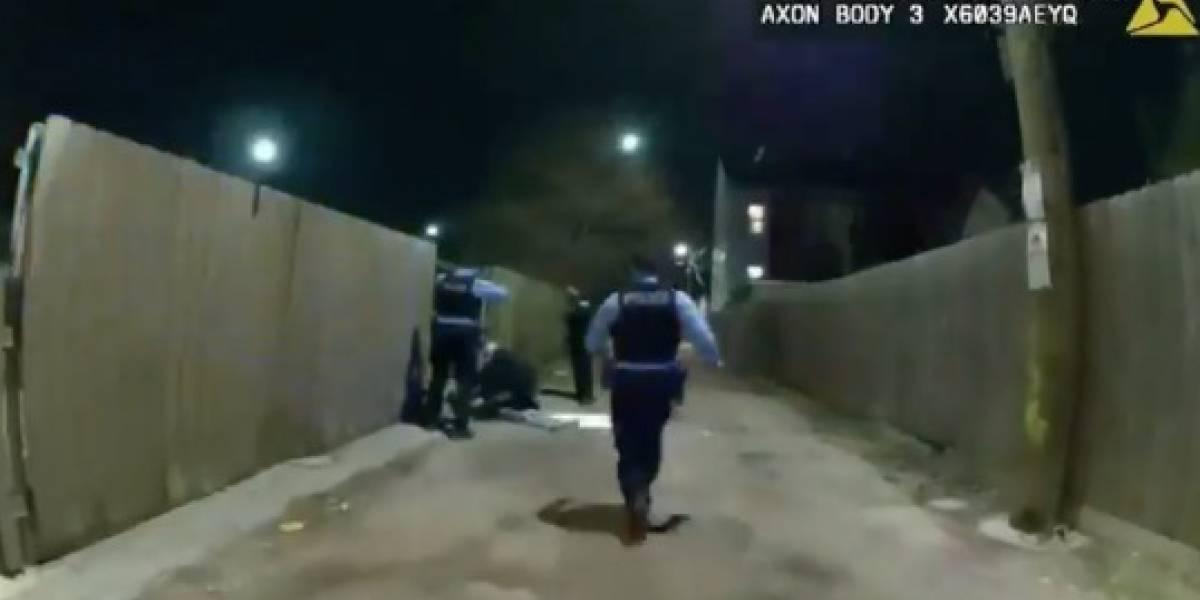 Revelan video de momento en que policía de Chicago dispara a niño hispano de 13 años