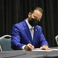Alcaldes populares crean su propia Orden Ejecutiva insatisfechos con la del gobernador