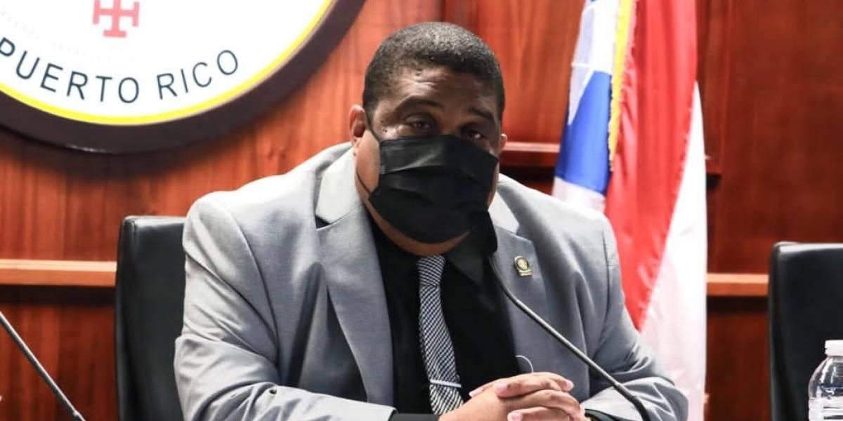 Representantes proponen moratoria al Permiso Único