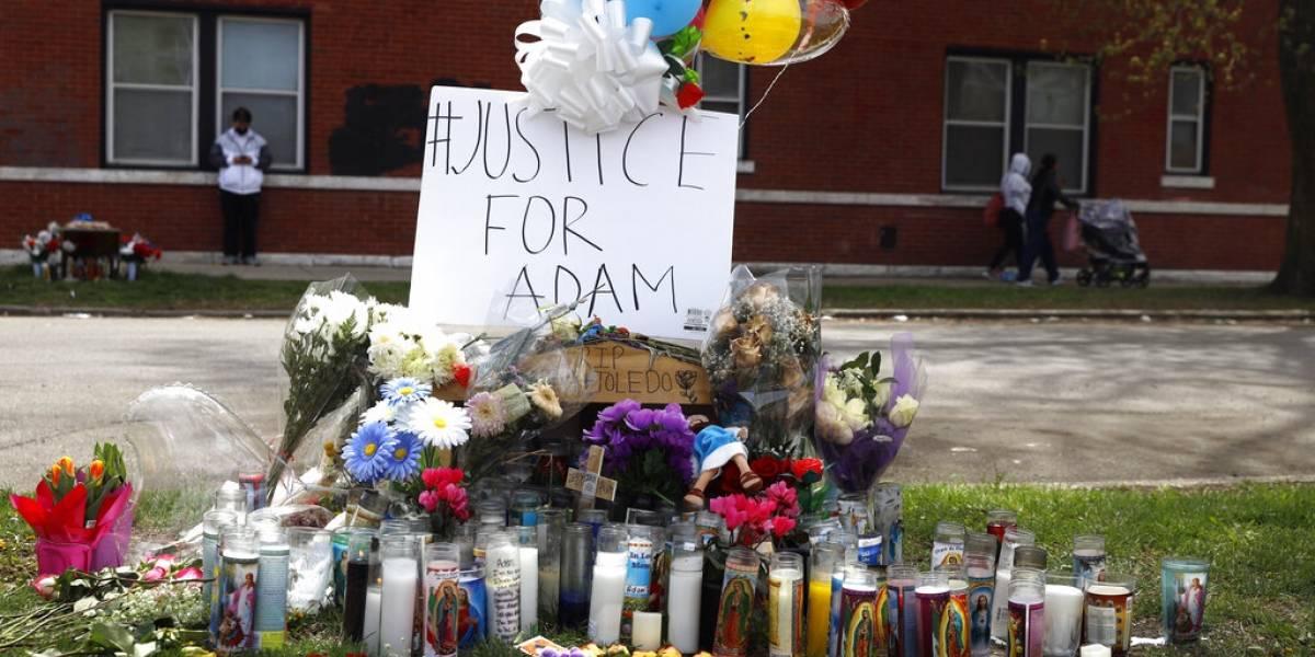 Piden acusar a policía que mató a niño hispano en Chicago