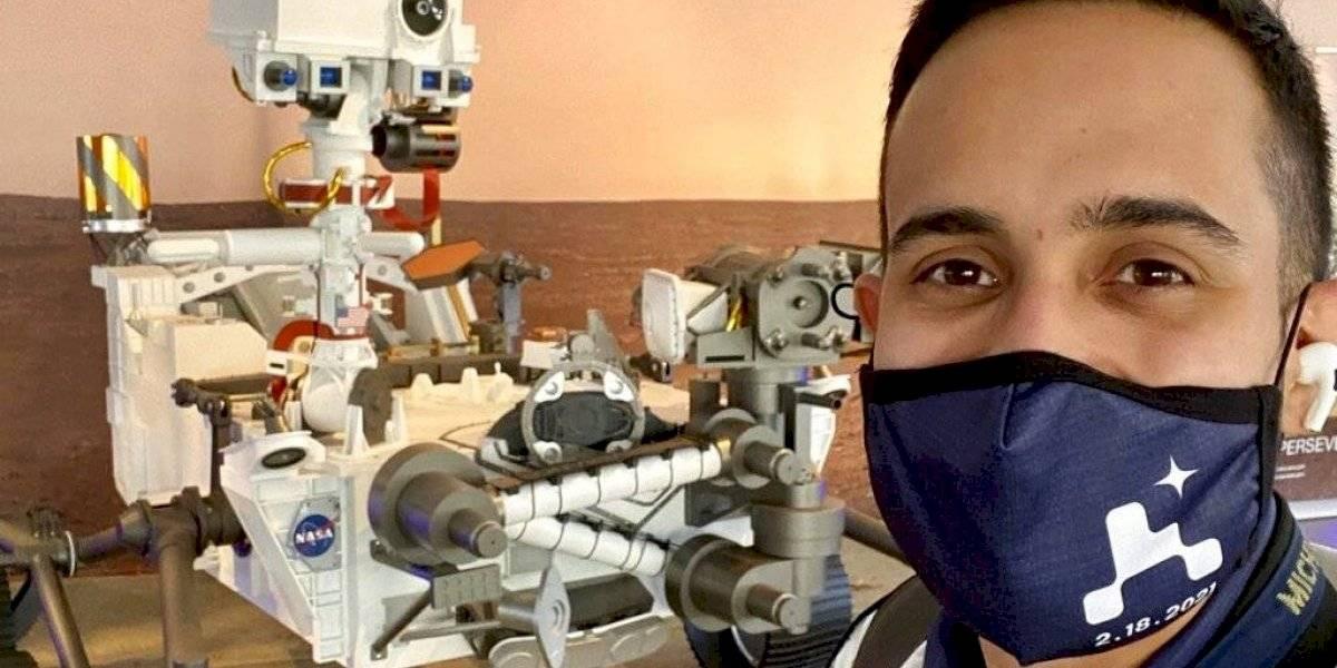 Ingeniero ecuatoriano-boricua que es parte de la NASA festeja exitosa misión a Marte