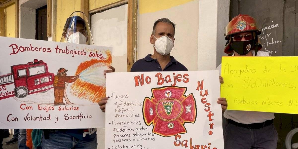Celebran retiro de proyecto del Senado que alegaban eliminaría retiro incentivado de bomberos
