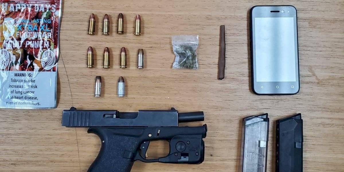 Intervención por marbete vencido termina en arresto por armas en Cabo Rojo