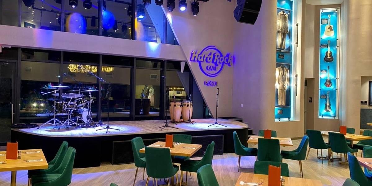 Reabre Hard Rock Café en Ponce con una botella edición limitada de Coca-Cola