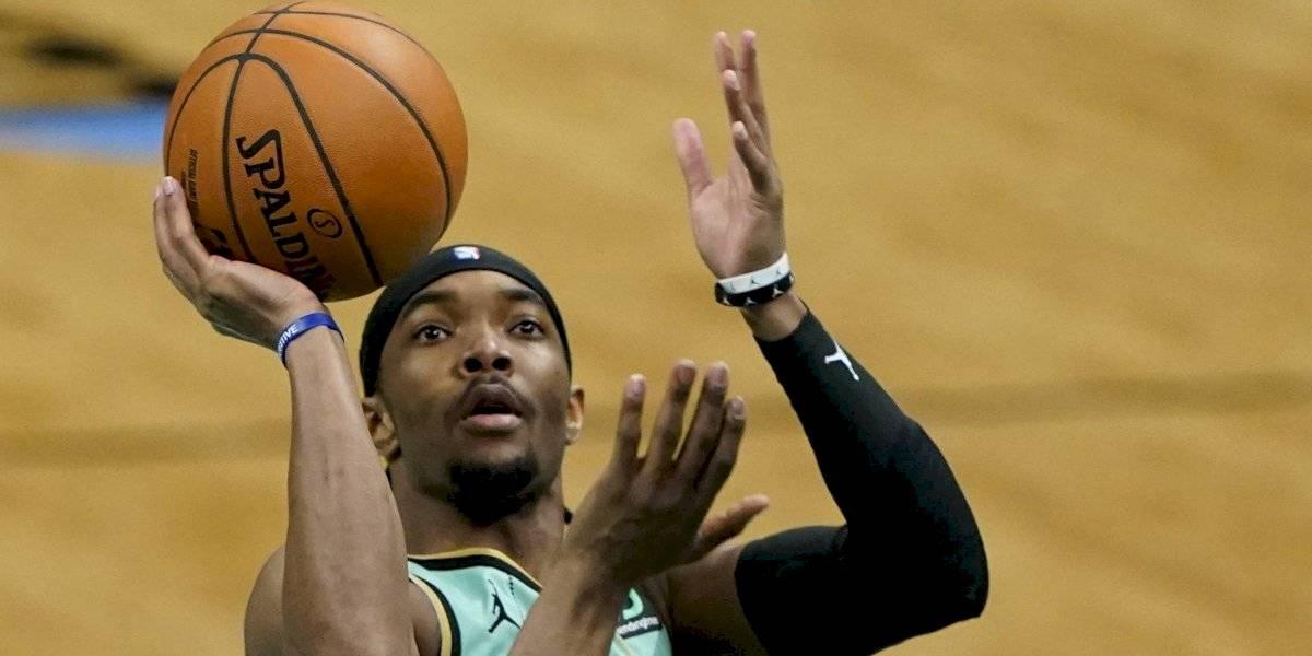 Hornets vencen 125-104 a Celtics