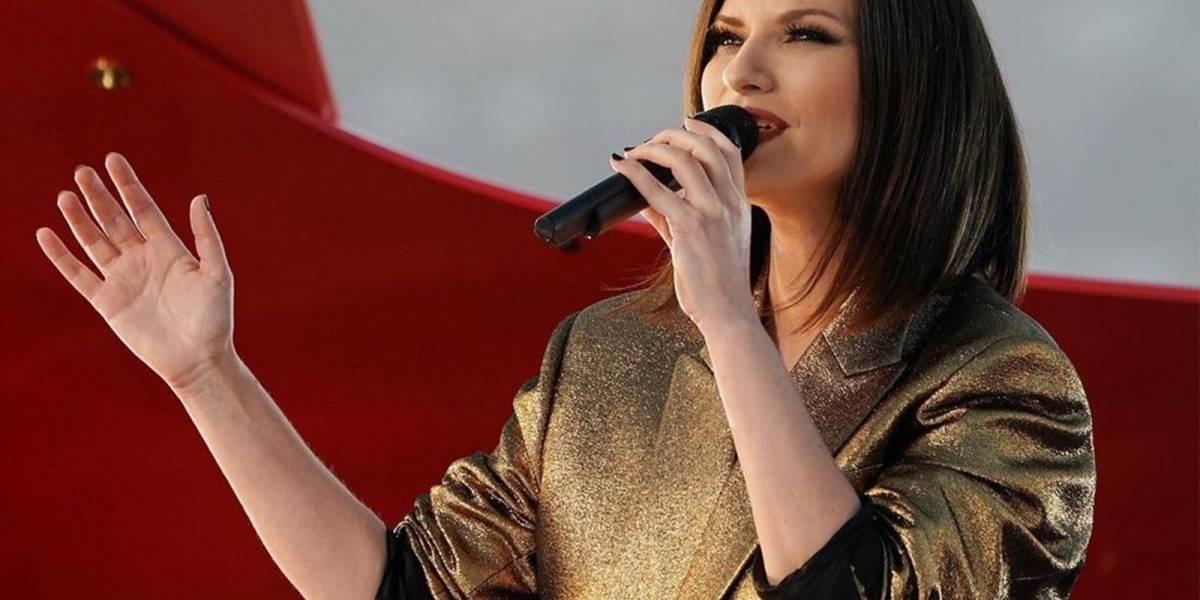 Laura Pausini muestra que los sueños se logran trabajando, así lució en la entrega del Oscar 2021