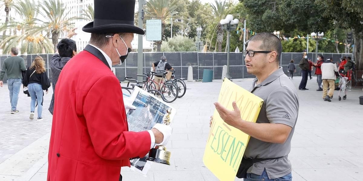 Protestan al exterior de las sedes previo a la gala del Óscar