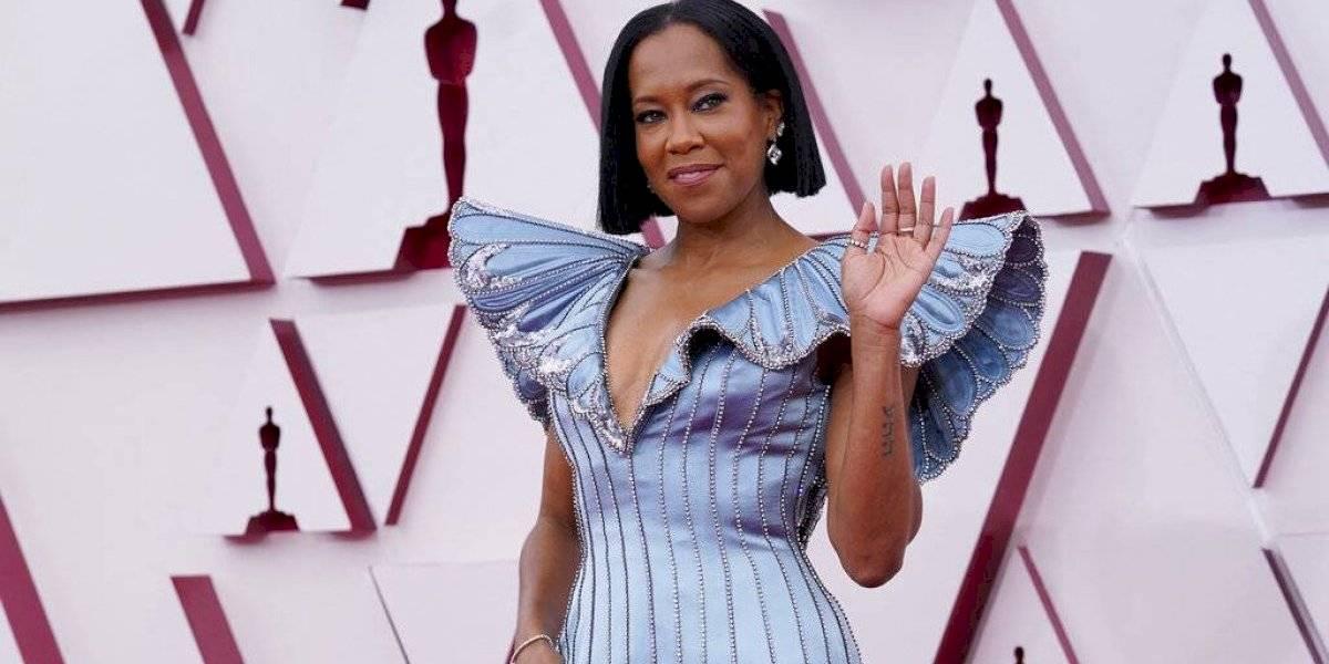 Regina King reacciona a veredicto de asesino de George Floyd en los Oscar