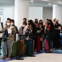 Mascarillas seguirán siendo obligatorias en Aeropuerto Luis Muñoz Marín