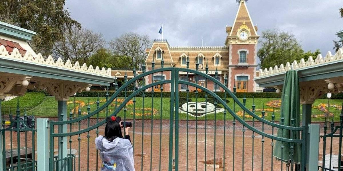 Reabre el parque temático Disneyland en California