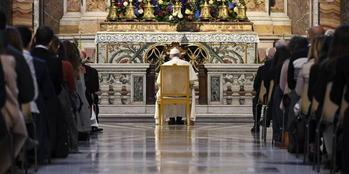 """Papa ora por fin de la pandemia y """"horizonte de esperanza"""""""