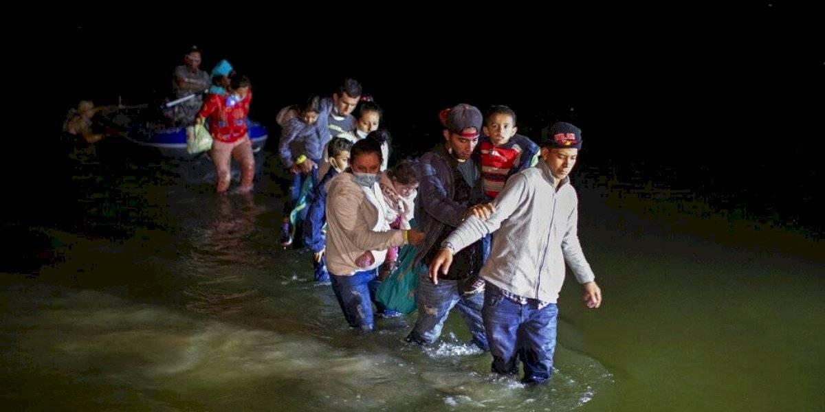 Estados Unidos comienza a reunir familias de inmigrantes separadas