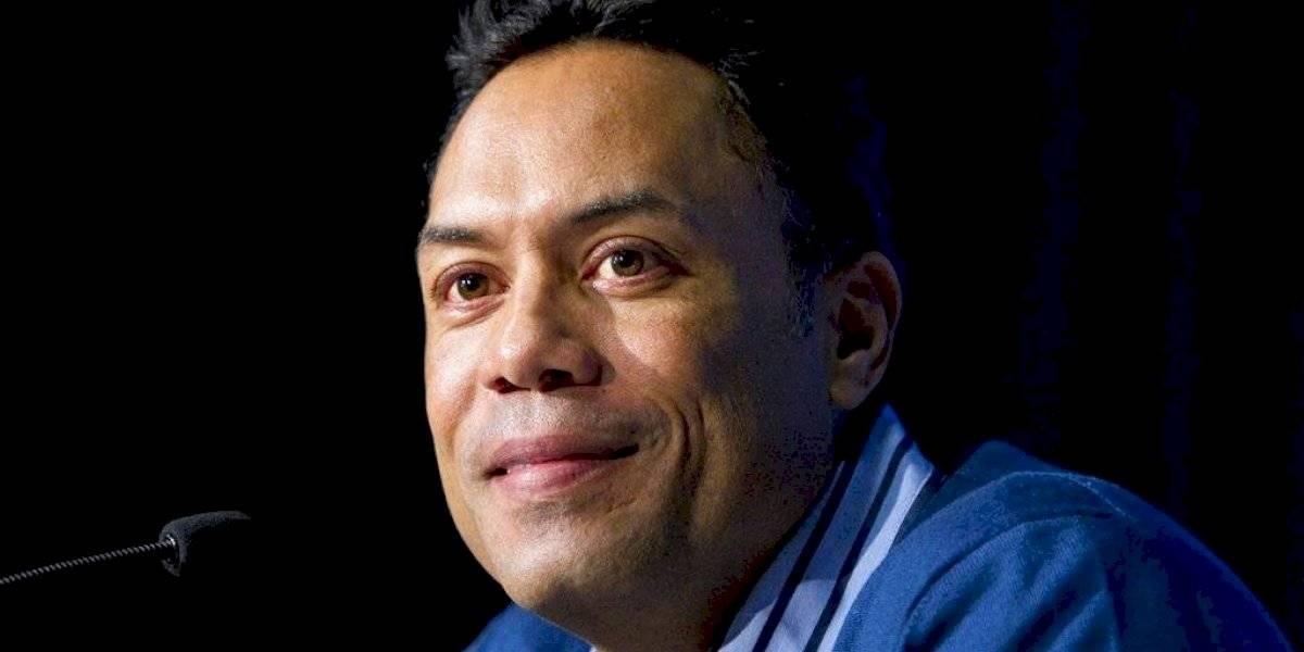Salón de la Fama del béisbol acepta renuncia de Roberto Alomar