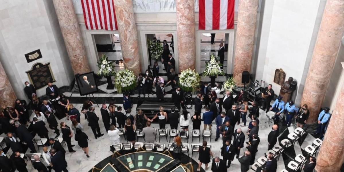 Homenajean a Carlos Romero Barceló en el Capitolio