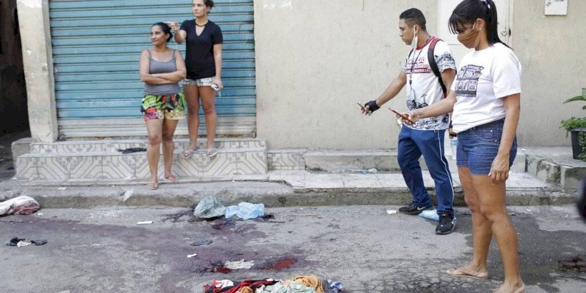 Al menos 25 muertos luego que policías incursionaran en favela en Río de Janeiro