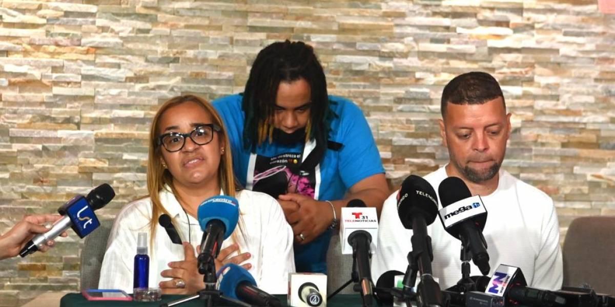 Fotos: Honores fúnebres a Keishla Rodríguez Ortiz