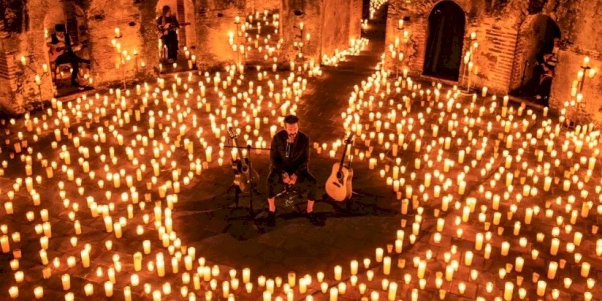 """Ricardo Arjona revive su concierto virtual """"Hecho a la antigua"""""""