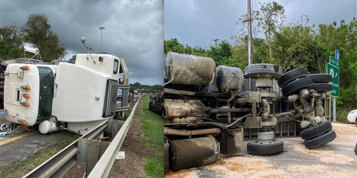 Cierran tramo de la PR-22 de Arecibo a San Juan por camión volcado