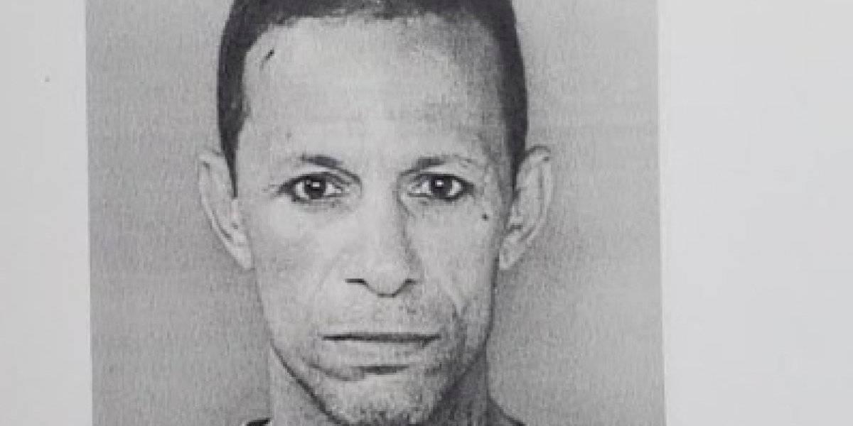 Radican cargos a sujeto tras robar en un colegio de Hatillo