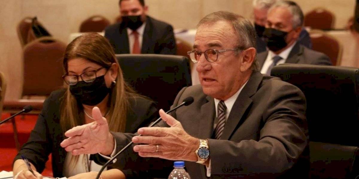Junta recorta $60 millones al presupuesto de Desarrollo Económico y Comercio
