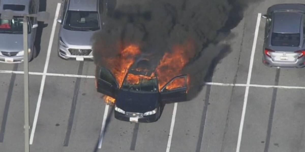 Auto explota en llamas tras conductor usar desinfectante mientras fumaba en Maryland